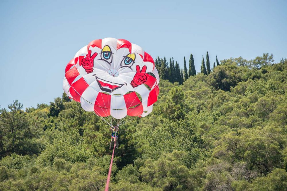 paragliding in corfu happy people 05